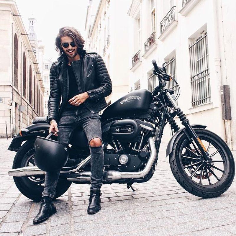 Motoqueiro Calca jeans e jaqueta de couro