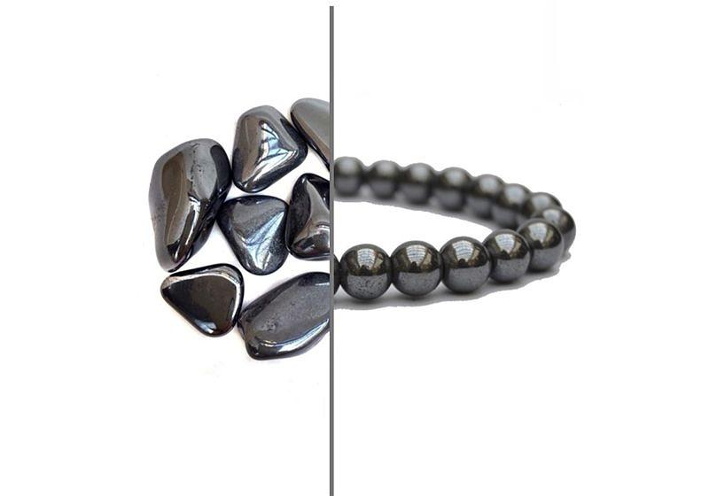 Imagem em destaque de metade pedras hematita e metade pulseira